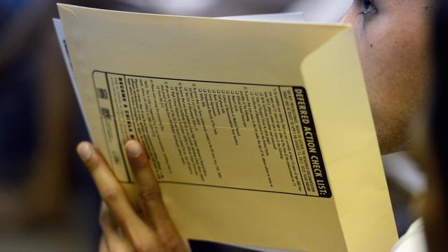 Des centaines de milliers de jeunes sans-papiers vivant aux Etats-Unis pouvaient à partir de mercredi déposer leur candidature pour bénéficier d'un nouveau programme qui peut leur permettre de régulariser leur situation en obtenant un permis de travail de deux ans.[GETTY IMAGES NORTH AMERICA]