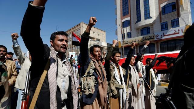 Manifestation à Sanaa, le 13 novembre 2017 appelant à la levée du blocus imposé par la coalition arabe [MOHAMMED HUWAIS / AFP]