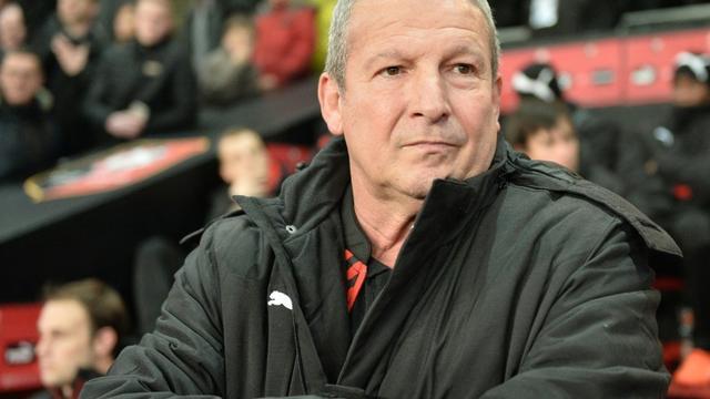 Le nouvel entraîneur de Rennes Rolland Courbis lors du match de Ligue 1 contre le Gazélec Ajaccio, le 22 janvier 2016 au Roazhon Park [JEAN-FRANCOIS MONIER / AFP]