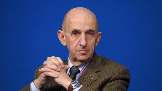 Louis Gallois, choisi comme président du conseil de surveillance de PSA Peugeot Citroën, le 18 novembre 2013 à Paris [Eric Piermont / AFP/Archives]