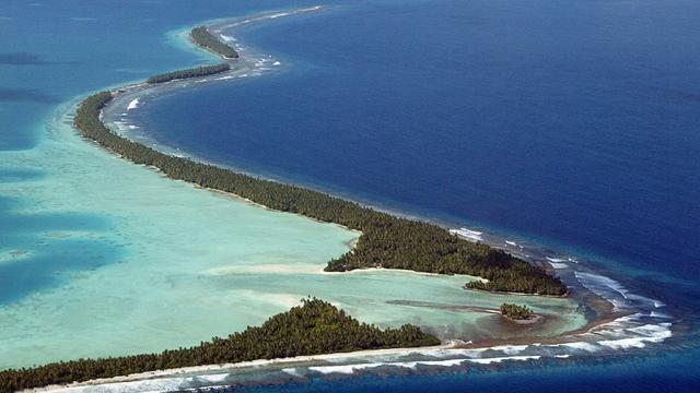 Tuvalu, dans le Pacifique-sud, fait partie des petits Etats insulaires inquiets pour leur survie, qui vont implorer les grandes nations d'enrayer le réchauffement climatique [Torsten Blackwood / AFP/Archives]