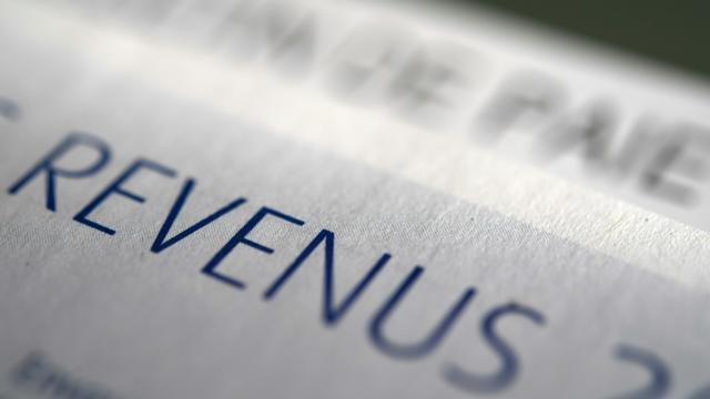 """La ministre de la Cohésion des territoires, Jacqueline Gourault, propose que chaque Français paye l'impôt sur le revenu, """"même un euro"""" [Fred TANNEAU / AFP/Archives]"""