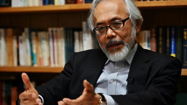 L'avocat de Carlos Goshn, Me Takashi Takano, lors d'une interview avec l'AFP à son bureau, le 21 mai 2019 à Tokyo [Charly TRIBALLEAU / AFP]