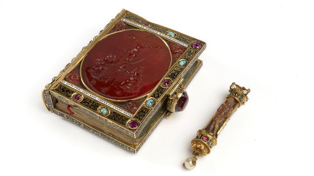 Le livre d'heures de François 1er est un des seuls objets reliés directement au monarque