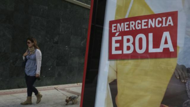 """Un vaccin d'origine canadienne contre Ebola pourrait avoir """"jusqu'à 100%"""" d'efficacité, selon l'OMS [PEDRO ARMESTRE / AFP/Archives]"""
