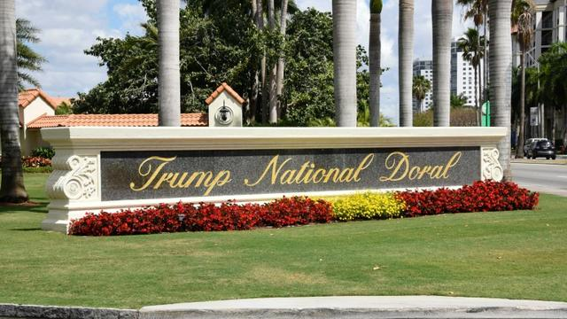 Vue de l'entrée du Trump National Doral, le 3 avril 2018 [Michele Eve Sandberg / AFP/Archives]
