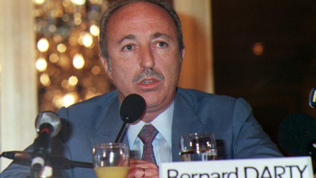 Bernard Darty, président du directoire du leader français dans la distribution d'électroménager, A paris le 05 mars 1988 [GERARD FOUET / AFP/Archives]