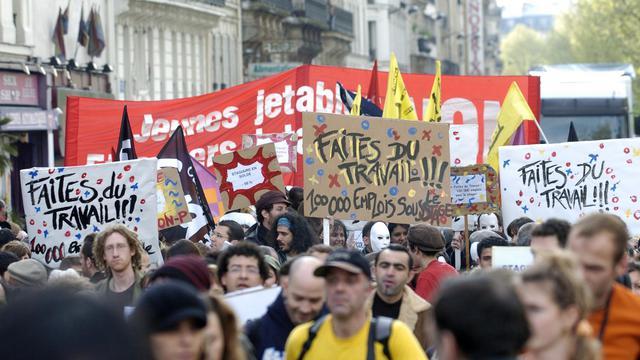Manifestation, le 1er mai 2006 à l'appel de Génération Précaire qui dénonce notamment les conditions des stages [Stephane de Sakutin / AFP/Archives]