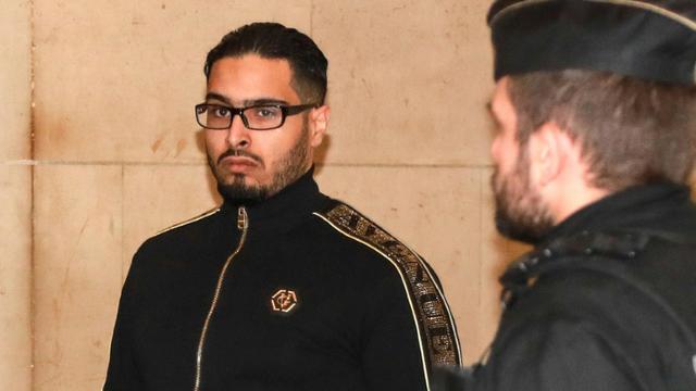 Jawad Bendaoud arrive au palais de justice de Paris pour son procès en appel, le 21 novembre 2018 [JACQUES DEMARTHON / AFP]