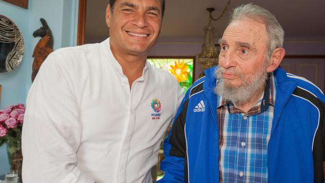 Le père de la Révolution cubaine Fidel Castro et le président équatorien Rafael Correa, le 29 janvier 2014 à Cuba [ / www.cubadebate.cu/AFP]