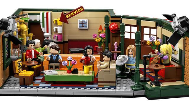L'intérieur du café est riche en détails, qui feront plaisir aux fans de la série.