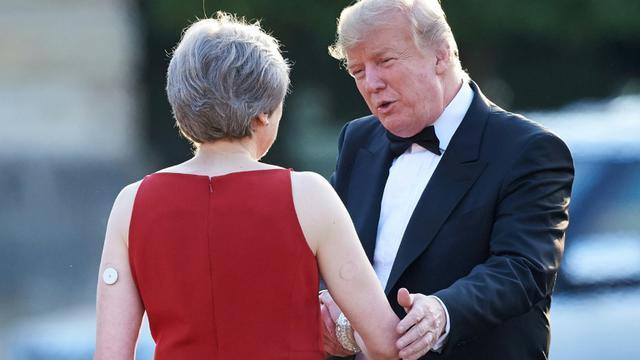 La Première ministre britannique Theresa May reçoit le président américain Donald Trump à Londres, le 12 juillet 2018 [Niklas HALLE'N / AFP]