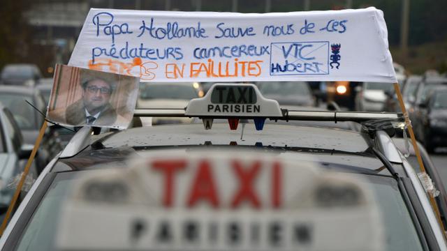 Un taxi lors d'une manifestation le 15 décembre 2015 au Bourget [LIONEL BONAVENTURE / AFP/Archives]