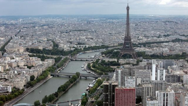 Plus d'un an et demi après son arrêt et grâce à l'adoption de la loi Elan, le plafonnement des loyers revient dès lundi, mais seulement à Paris [LOIC VENANCE / AFP/Archives]