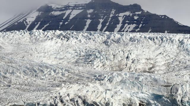 Le glacier du Nordenskiold, sur l'île norvégienne du Spitzberg, le 19 juillet 2015 [DOMINIQUE FAGET / AFP]