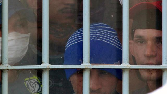 Photo officielle de prisonniers au pénitencier de Pedrinhas, à São Luis do Maranhao (nord-est du Brésil), prise le 10 novembre 2010  [Gilson Teixeira / SSPM/AFP/Archives]