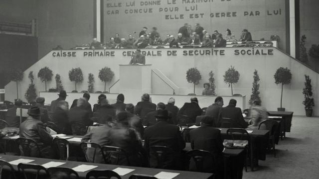 Photo datant du 22 février 1947 du Congrès pour l'Organisation de la Sécurité Sociale au Parc des Expositions de la Porte de Versailles à Paris [Staff / AFP/Archives]
