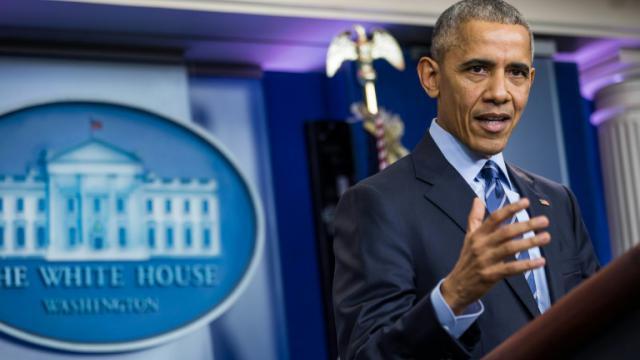 Le président américain Barack Obama à Washington, le 16 décembre 2016 [ZACH GIBSON / AFP/Archives]