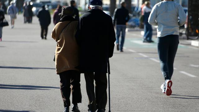L'espérance de vie a progressé de plus de dix ans depuis 1970 dans les pays de l'OCDE pour s'établir en moyenne à 80 ans et demi en 2013 [Valery Hache / AFP/Archives]