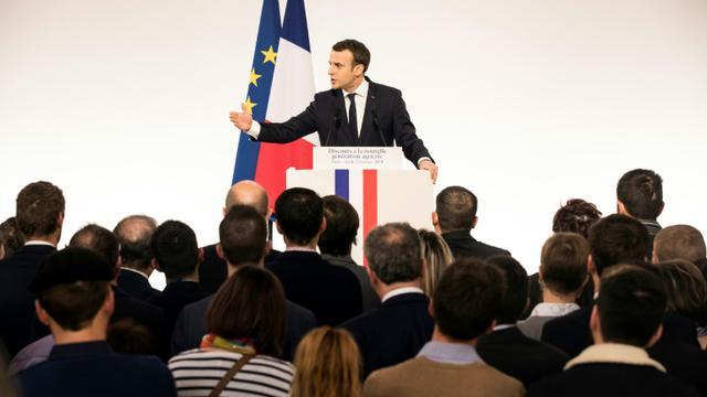 Le président Emmanuel Macron s'adresse aux jeunes agriculteurs à l'Elysée le 22 février 2018 [Etienne LAURENT / POOL/AFP]