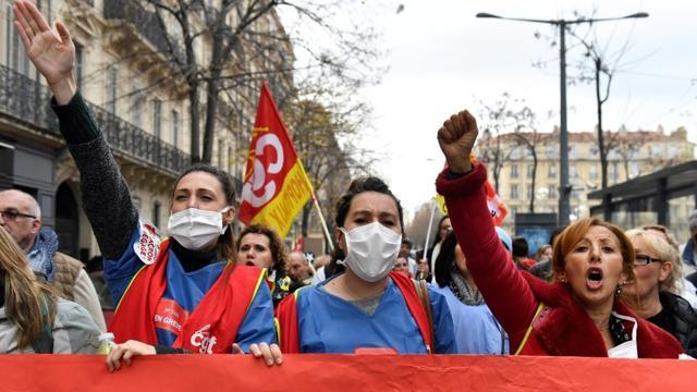 Manifestation contre la réforme des retraites le 5 décembre 2019 à Marseille [CLEMENT MAHOUDEAU / AFP]
