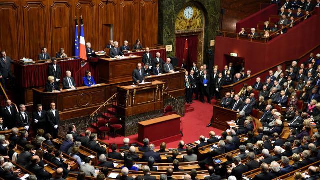 Le président François Hollande devant le Parlement réuni en Congrès, le 16 novembre 2015 [ERIC FEFERBERG / AFP]