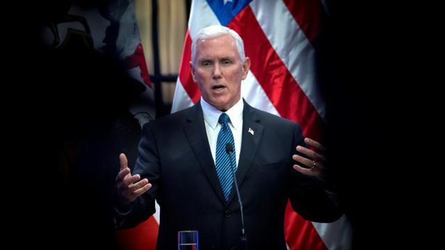 Le vice-président américain Mike Pence à Santiago du Chili, le 16 août 2017 [Martin BERNETTI / POOL/AFP]
