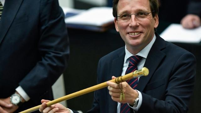Jose Luis Martinez Almeida, du Parti populaire (conservateur), élu maire de Madrid le 15 juin 2019, avec le soutien des libéraux de Ciudadanos et l'extrême droite de Vox [OSCAR DEL POZO / AFP]