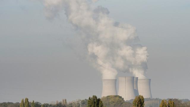 Le gouvernement va annoncer fin novembre entre zéro et six fermetures de réacteurs nucléaires d'ici 2028  [GUILLAUME SOUVANT / AFP/Archives]