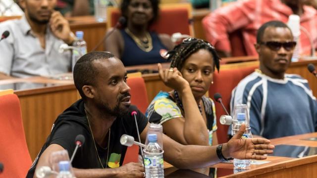 Le porte-parole du collectif Pou Lagwiyann Dekole, Davy Rimane, à Cayenne, le 20 avril 2017  [jody amiet / AFP/Archives]