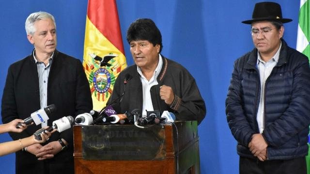 Photo de la présidence bolivienne représentant le président Evo Morales lors d'une conférrence de presse le 9 novembre 2019 à El Alto. [Freddy ZARCO / Bolivian Presidency/AFP]