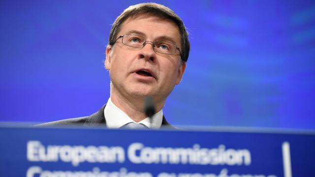Le vice-président de la Commission européenne Valdis Dombrovskis lors d'une conférence de presse à Bruxelles le 21 novembre 2018 [JOHN THYS / AFP]