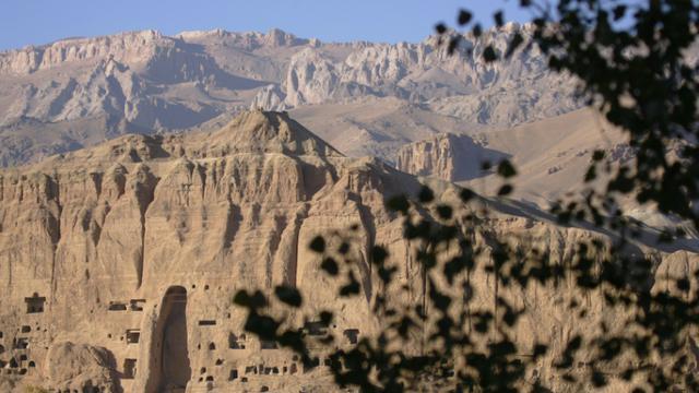 """Les rebelles talibans ont exécuté au moins 16 passagers qui circulaient à bord de """"trois ou quatre autocars"""" dans le Nord de l'Afghanistan [JOEL SAGET / AFP/Archives]"""