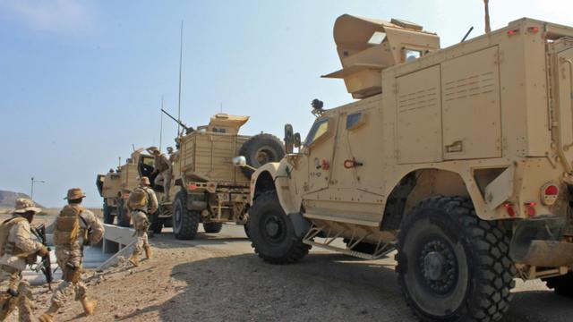 Des soldats soutenant la coalition militaire menée par Ryad à Aden, le 29 octobre 2018 [Saleh Al-OBEIDI / AFP]
