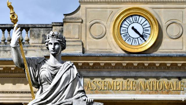 """Le Parlement a adopté définitivement le projet de loi instaurant un """"droit à l'erreur"""" [GERARD JULIEN / AFP/Archives]"""