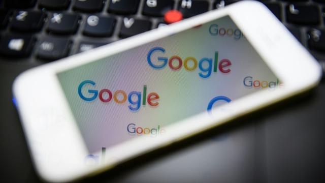 Le logo du moteur de recherche Google à Londres le 11 février 2016 [LEON NEAL / AFP/Archives]