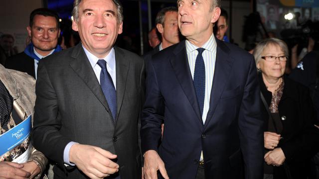 François Bayrou et Alain Juppé le 8 mars 2014 à Pau [Gaizka Iroz / AFP/Archives]