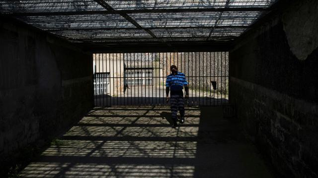 D'ici deux ans, une quarantaine de détenus radicalisés sortiront de prison [JOEL SAGET / AFP/Archives]