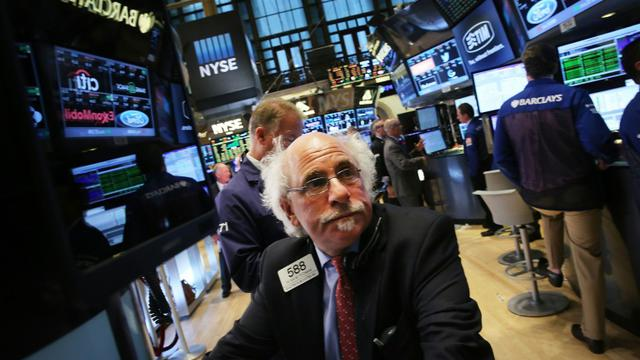 Des opérateurs travaillent à la Bourse de New-York le 15 septembre 2015 [Spencer Platt / GETTY/AFP]