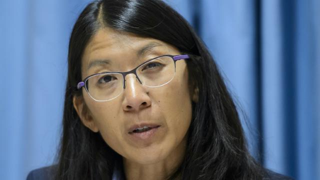 Joanne Liu, la président de MSF, lors d'une conférence de presse à Genève, le 7 octobre 2015 [FABRICE COFFRINI / AFP]