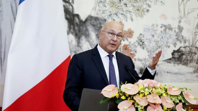 Le ministre des Finances français Michel Sapin à Pékin, le 18 septembre 2015 [LINTAO ZHANG / POOL/AFP/Archives]