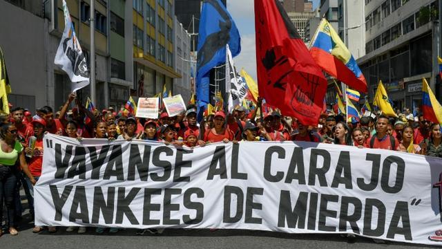 Manifestants pro-Maduro dans les rues de Caracas, le 8 août 2019 [Federico Parra / AFP]
