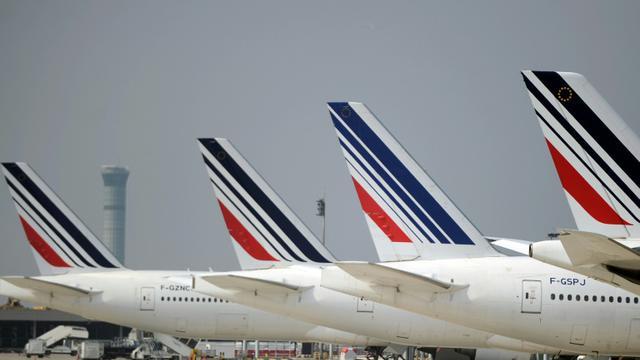Des avions de la compagnie Air France à l'aéroport Charles de Gaulle, en 2014 [Stephane de Sakutin / AFP/Archives]