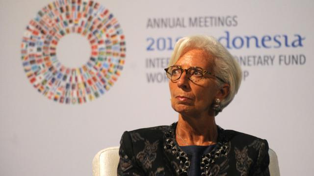 La directrice du Fonds monétaire international (FMI) Christine Lagarde lors d'une conférence à Bali, où FMI et Banque mondiale tiennent leur réunion annuelle [SONNY TUMBELAKA / AFP]