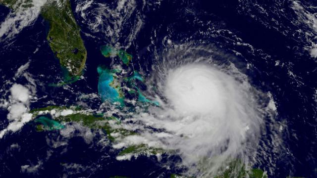 Image satellite de la NASA de l'ouragan Joaquin le 30 septembre 2015 à l'approche des Bahamas [- / NASA/AFP]