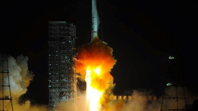 Une fusée Longue Marche 3B décolle du centre de lancement de Xichang, le 21 décembre 2013 en Chine [STR / AFP/Archives]