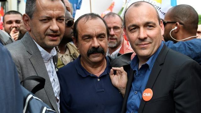 De gauche à droite, Pascal Pavageau (Force ouvrière), Philippe Martinez (CGT) et Laurent Berger (CFDT), à Paris lors de la manifestation du 22 mai 2018 [Bertrand GUAY / AFP/Archives]