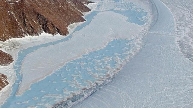 Des glaciers du nord-est du Groenland, dans une image diffusée par la Nasa le 15 décembre 2014 [MICHAEL STUDINGER / NASA/AFP/Archives]