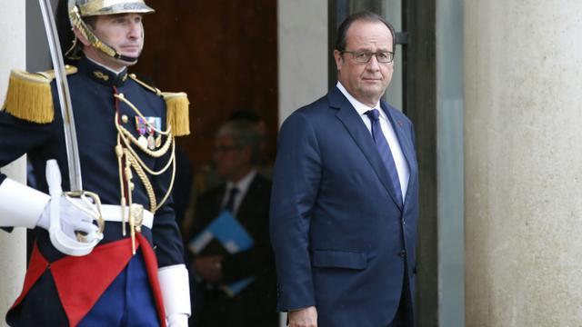 Le président François Hollande sur le perron de l'Elysée le 22 septembre 2015 à Paris [Patrick Kovarik / AFP/Archives]