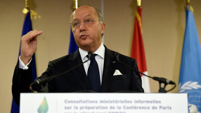 Le ministre français des Affaires étrangères Laurent Fabius à Paris le 10 novembre 2015 [LIONEL BONAVENTURE / AFP]